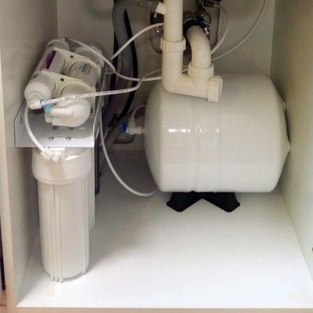 Biocom 102 A víztisztító beépítve